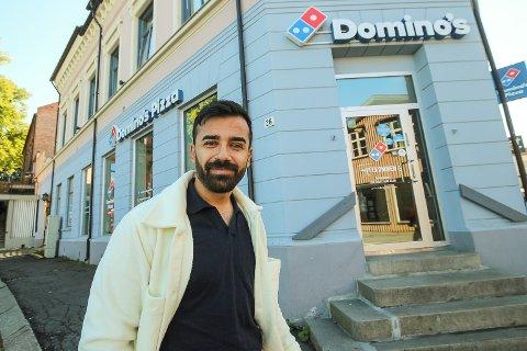 TIL HIMMELS: Pizzasalget på Dominos i Moss er gått til himmels i år. – Økningen er blitt langt høyere enn det vi noen gang våget å håpe på, sier innehaver Keywan Ahmadi.