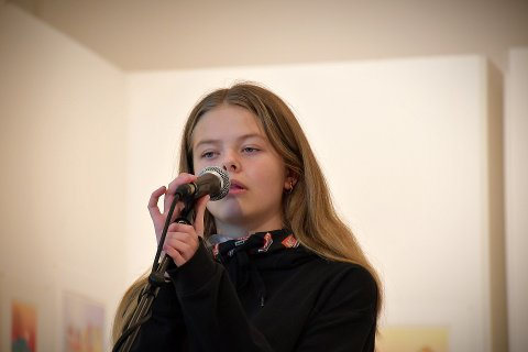 Ronja Sandveen (13)