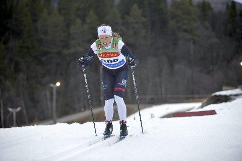 GLEDER SEG: Laila Kveli måtte innse at formen ikke var god nok til å kjempe om topp-10-plasseringene i Vålådalen verken lørdag eller søndag. Hun gleder seg derimot over at mosjonistene får delta på samme startstrek som eliten i Ski Classics.