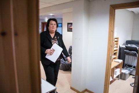 STRENGERE: Hege Sørlie, kommunedirektør i Nærøysund kommune, har innført strengere besøkskontroll på kommunehusene.