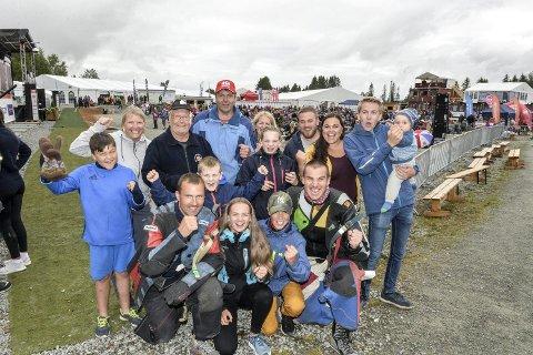 JUBELDAG: Både skyttere og supportere jublet stort da Nordre Skage skytterlag vant lagskytinga under Landsskytterstevnet på Stjørdal i 2018.  Under årets LS, hvis det blir avviklet, blir det ingen lagskyting.