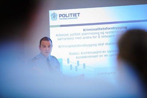 Oppfordring: Sivert Rannem, leder i Felles forebyggende enhet i Trøndelag politidistrikt, ber russen tenke smittevern i påska.
