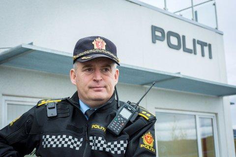 KLAR OPPFORDRING: Frithjof Pedersen, avsnittsleder i politiet i Ytre Namdal, ber sjåfører planlegge dagen derpå dersom de skal på festligheter med rusmidler involvert.