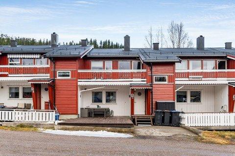 PRISREKORD: Rekkehusleiligheten i Lilleenget 10C i Fossbrenna ble denne uka solgt for 1.950.000 kroner.