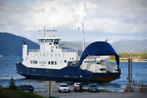 NYE RUTER: MF «Olav Duun» som frakter trafikanter mellom Lund og Hofles, skal endre rutetidene fra mandag 21. juni.