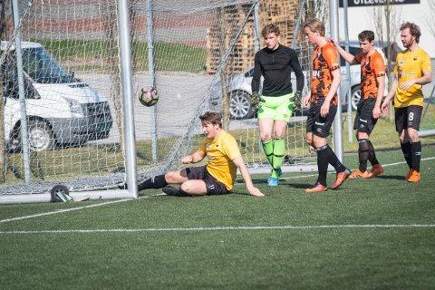1-1: Kolvereids Mats Ola Bergslid sto for gultrøyenes scoring da de møtte  Levangerstudentene på bortebane lørdag.