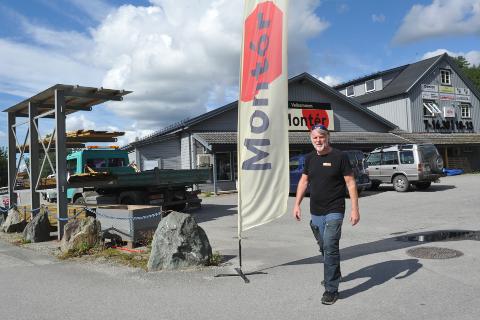 PRISHOPP: Høye priser skremmer privatkundene, mener Geir Terje Høstland hos Montér i Grong.
