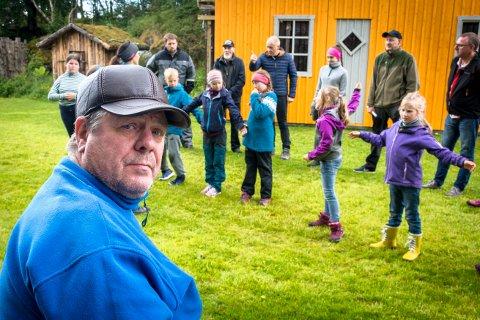 VIL SAMLE ALT: Bjørn Sigurd Larsen ønsker at det skal etableres et Ørnerovssenter på Leka hvor all informasjon knyttet til ørnerovet er samlet.