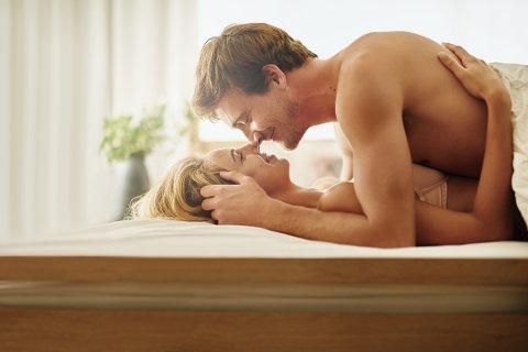 UTVIDE REPERTOARET: Mange gjør det samme igjen og igjen fordi de ikke tester noe annet, forteller sexologen. Tre øvelser skal derimot hjelpe dere med det, og ta sexlivet til nye høyder.