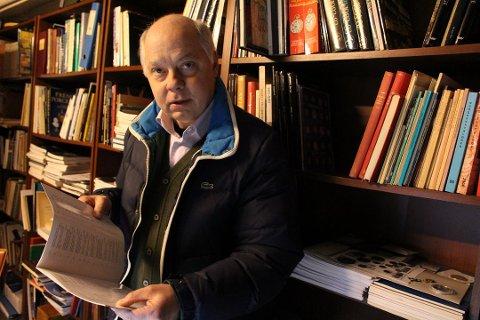 Entusiast: Frank Haugen har jobbet som takserer i en årrekke, blant annet ved Norges største formidler av kunst, Fine Art. Han deler sine beste tips for hvordan man kan finne skatter på brukt- og loppemarked. Her er han avbildet på et loppemarked i Oslo i fjor.