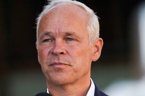 VARSLER MINDRE PENGER: Finansminister Jan Tore Sanner (H) varsler mindre pengebruk i neste års statsbudsjett.