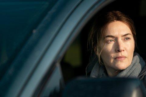 PRISVINNER: Kate Winslet har høstet mye skryt for sin innsats i rollen som politietterforsker Marianne Sheehan i serien «Mare of Easttown».