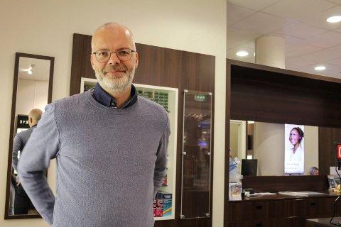 Ole Kristian Volden, daglig leder hos Brillehuset Mosjøen eier nå også en butikk i Trondheim