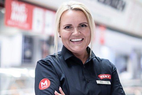 Kjøpmann ved Meny på Solsiden, Monica Ervig Kjendalen, sier at samtlige av de ansatte som var på jobb i denne tidsperioden nå er sendt til koronatesting.