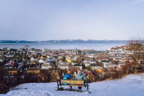 ENDELIG VINTER: Det har vært vinterlig i Trondheim de siste dagene. Det blir det også fremover.
