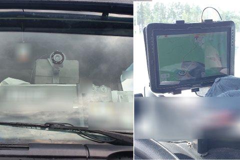 En sjåfør ble stanset på Sandmoen med en ulovlig hylle på dashbordet toppet av et nettbrett.