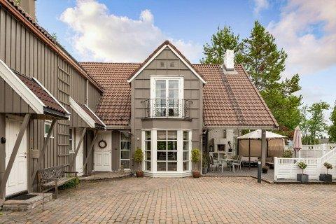 Boligen på Sverresborg har ikke skiftet eier på 18 år. Nå er den til salgs.