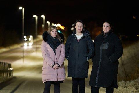 Birgit Nesset (f.v.), Marianne Nesset og Ida Liv Rundberg.  Søstrene forteller om en oppvekst preget av vold og overgrep.