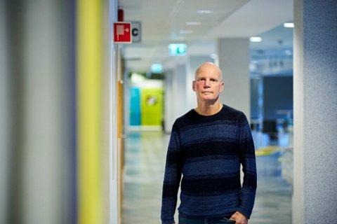 MOBBEOMBUD: Hans Lieng i Trøndelag fylkeskommune ønsker mer åpenhet blant lærere i de trønderske skolene.