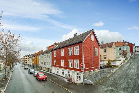 Bygården på Møllenberg ble solgt fredag.