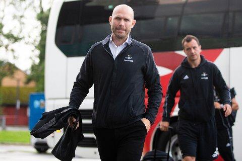 Sportslig leder i Rosenborg Mikael Dorsin lover at laget skal stå for angrepsvillig og underholdende fotball også i 2021 - uansett hva ekspertene sier.