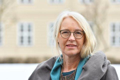 Kommuneoverlege Tove Røsstad frykter nytt smitteutbrudd.