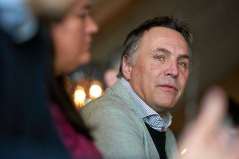 TRAKK SEG: Fylkesordfører Tore O. Sandvik (Ap) har trukket seg fra det videre arbeidet rundt ansettelsen av ny fylkesrådmann. Foto: Johan Arnt Nesgård
