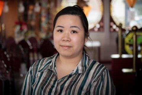 GIR SEG: Asia House legger ned om få uker. Restauranten ble startet av Hong–Ny Nguyens far. Datteren overtok for om lag ti år siden.