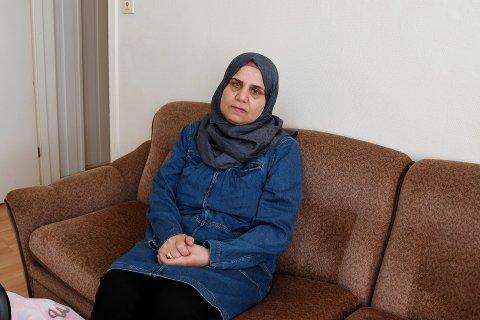 Ferial Alsheikhe Ali, hennes mann og tre barn på 13, 15 og 19 år har bodd i Østersunds gate i tre år. – De første ti dagene etter vi kom hit, sov vi alle sammen på ett soverom fordi vi opplevde personer i nabolaget som farlige.