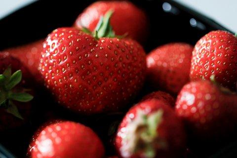 Det blir mer og mer norske jordbær i butikkene, melder Landbruksdirektoratet.