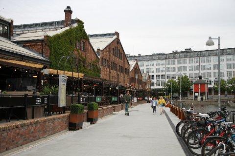 Innbyggere i Trondheim må leve med lokale koronaregler en stund til.