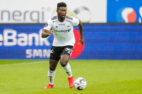 STOPPER: Rosenborgs Alexander Tettey under eliteseriekampen i fotball mellom Rosenborg og Kristiansund.