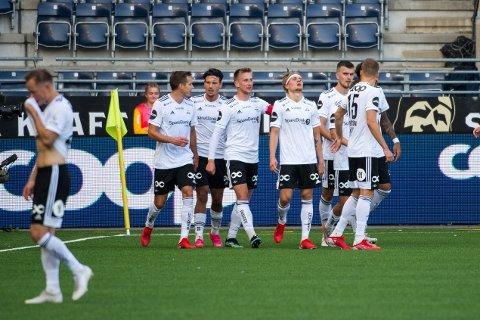 Olaus Skarsem kunne juble etter 1-0, men resten av kampen var det lite å juble for.