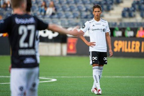 Adrian Pereira rakk å få sin RBK-debut mot gamle lagkamerater i Viking. Så røk etter alt å dømme resten av 2021-sesongen.