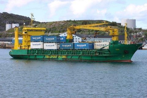 Containerskipet, «M/S Tege», som frem til oktober 2013 sørget for at containere som kom til Bodø med toget ble fraktet videre sjøveien til Harstad og Tromsø.