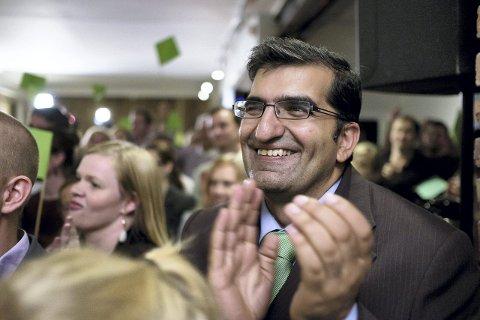 Valgvake Miljøpartiet de Grønne. Shoaib Sultan 4. kandidat og orførerkandidat i Oslo. Foto: Ole Gunnar Onsøien / NTB scanpix