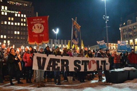 10-årsmarkeringen: Rundt 5000 mennesker møtte opp og viste sin avsky mot rasisme i fakkeltoget som i 2011 markerte tiårsdagen for drapet på Benjamin Hermansen. Arkivfoto