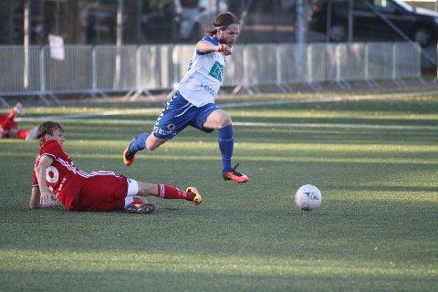 UTKLASSET: Kenneth Brendryen og NIF var sjanseløse mot Kråkerøy - og tapte 7-0.