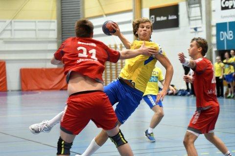 FEM MÅL: Marius Spidsberg Karlsen hamret inn fem scoringer. Nå venter det to viktige kamper for BSK.