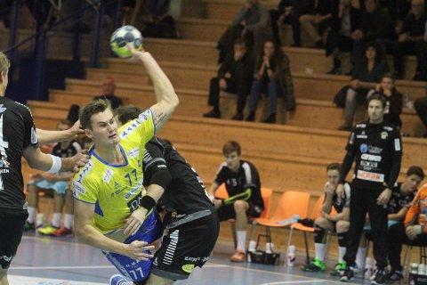 BESTEMANNSPREMIEN: Magnus Abelvik Rød ble kåret til banens beste spiller mot St. Hallvard.