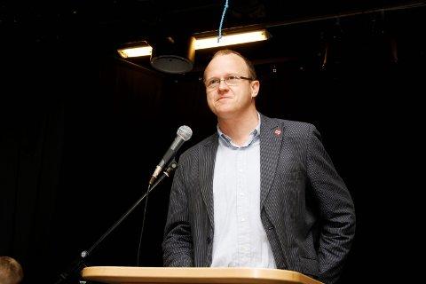 På LAMBERTSETER: Frode Jacobsen, nyvalgt leder av Oslo Ap, holder appellen på Lambertseter gård 1. mai. ARKIVFOTO