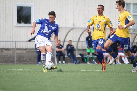 HAT-TRICK: Junioren Ryan Doghman scorer her sitt andre mål i 4-1 seieren mot Grorud.