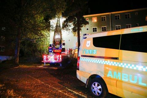 BRANN: Fredag brøt det ut brann i en leilighet på Midtåsen. Foto: Terje Pedersen / NTB scanpix