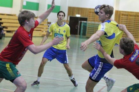 LETT MATCH: Olav Lien og BSKs juniorgutter hadde ingen problemer med å kvalifisere seg til kvartfinalen i NM.