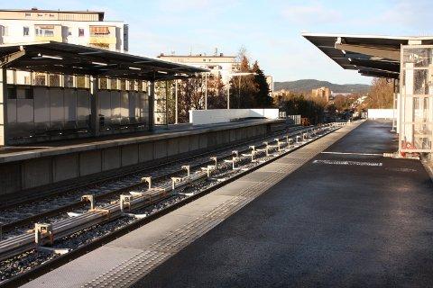 SKØYENÅSEN: Jenta (16) ble forsøkt ranet da hun gikk fra T-banestasjonen på Skøyenåsen. Arkivfoto