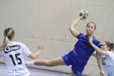 MATCHVINNER: Eira Aune sikret Oppsal seieren med sin 28-27 scoring noen sekunder før full tid.