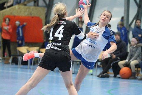 BEST: Fintesterke Elin Sunde Tveter var best hos NIF, og scoret fem mål på ni skudd.