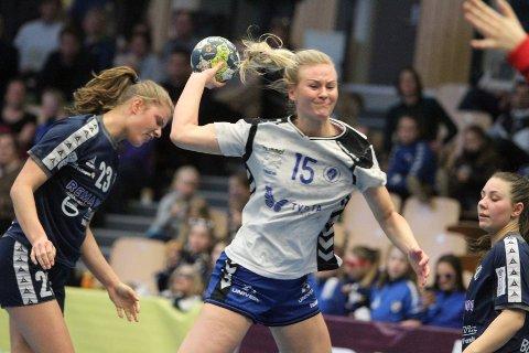 GOD KAMP: Gjennombruddene til Rebecca Steinheim var vanskelig å stoppe for Stabæks forsvar.