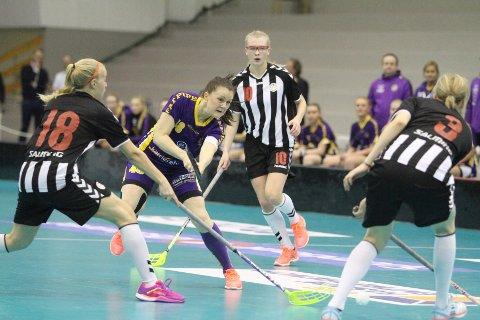 BEST: Kaptein Charlotta Hjorth ble kåret til Tunets beste spiller i finalen.