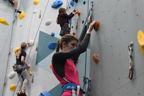 GA MERSMAK: Unn Beate Salberg prøvde seg på klatring for femte gang - og det ble nok ikke den siste.
